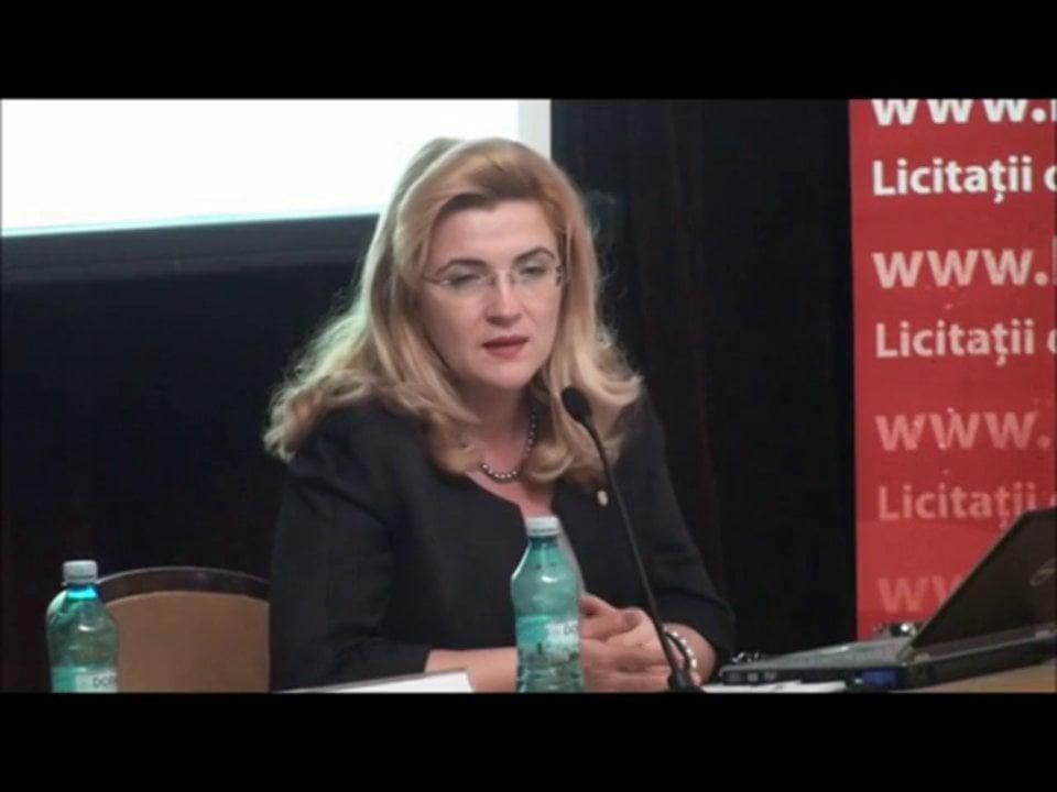 Mirela Iovu   Conferința de Dreptul Afacerilor. Lecțiile crizei: adaptabilitatea și inovația   11 mai 2012